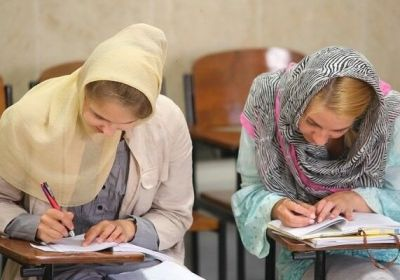 Official says that 40,000 foreign students study..